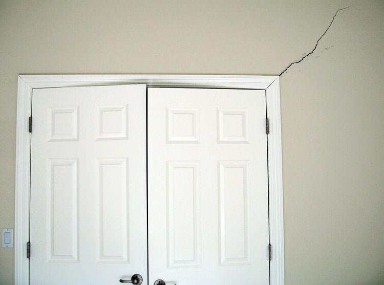 how to fix house and window door